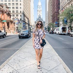 Forever 21 Leopard T-shirt dress